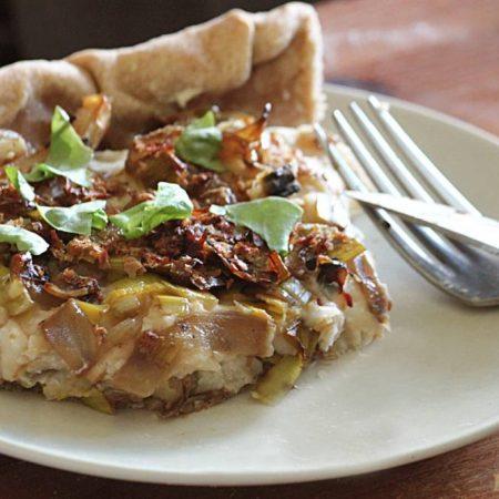 Tarte rustique aux poireaux et haricots blancs extra crémeuse
