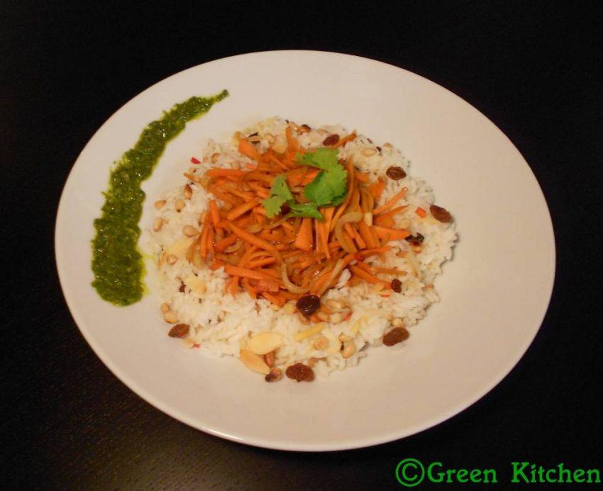 Riz exotique, poêlée de carottes au soja et pesto de coriandre