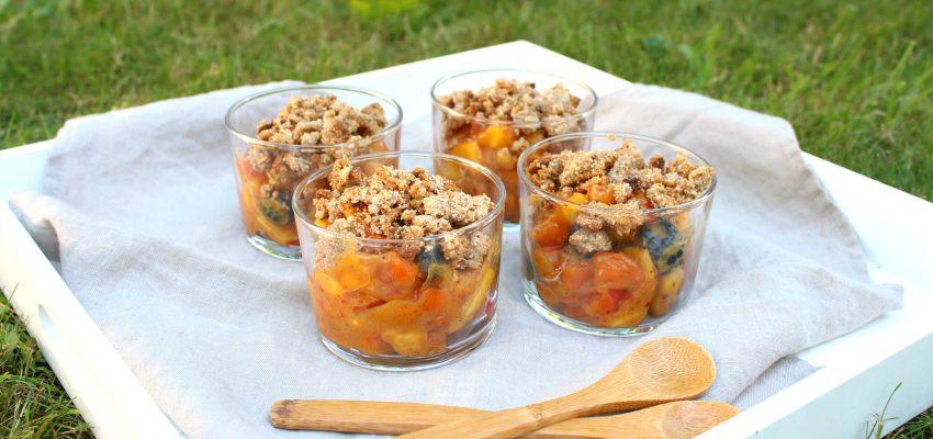 """Crumble abricot <span class=""""amp"""">&</span> nectarine sans cuisson"""