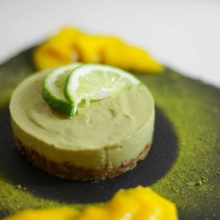 gateau cru citron vert matcha vegan