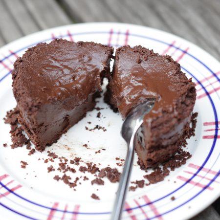 Fondant au chocolat végane et sans gluten cuit au barbecue
